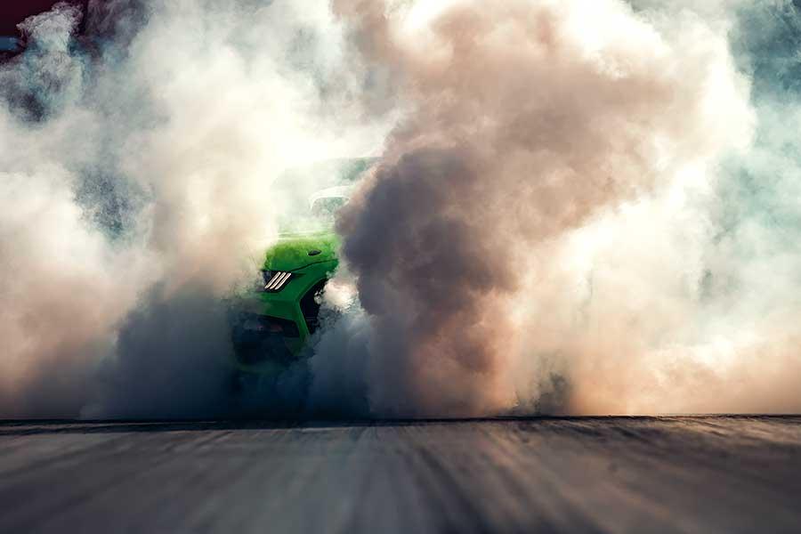 汽油引擎正受到電動車趕盡殺絕的威脅,所以福特用Shelby本人也會引以為傲的750hp不文手勢回敬對方。