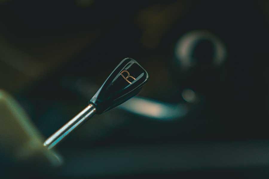 雪鐵龍,大概是世上最有創意的汽車公司,今年喜迎百周年。所以我們專誠集合了六件代表作環遊法國,為這個大日子獻上一場別開生面的賀壽巡遊。