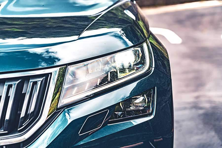 你可知眼前所見為Škoda開天闢地SUV始祖,自它開始爾後休旅子弟兵都無一倖免前k後顆這檔事。