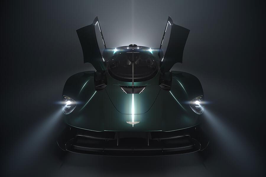 不只給你F1等級強力性能,同時還要加碼給你F1等級的駕駛體驗。